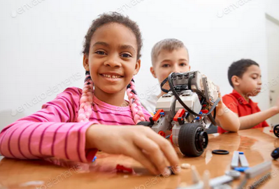 5 Ways to Encourage Entrepreneurship in Your Children